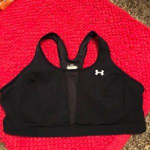 Under Armour sports bra XL like new razorback